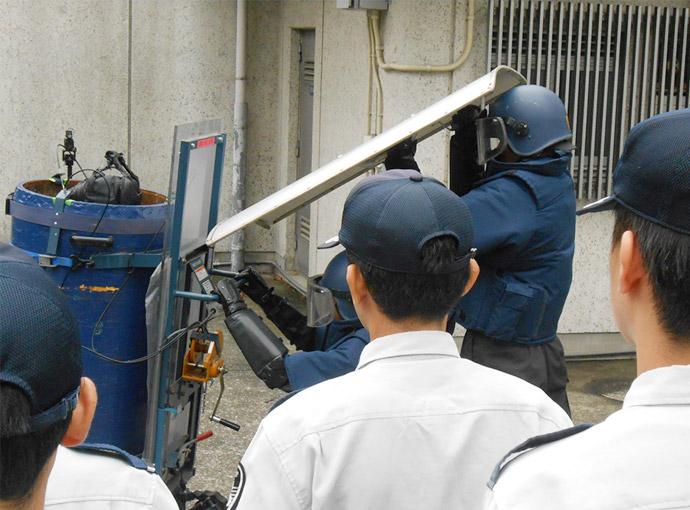 爆発物処理訓練